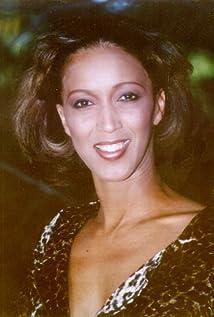 Lynne Burnett Picture