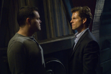 Jamie Bamber and Aaron Douglas in Battlestar Galactica (2004)