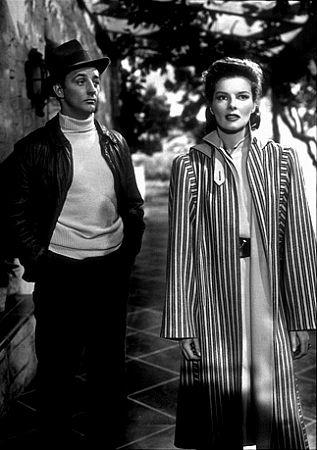 "1509-1 Katharine Hepburn and Robert Mitchum in ""Undercurrent"" 1946 MGM"