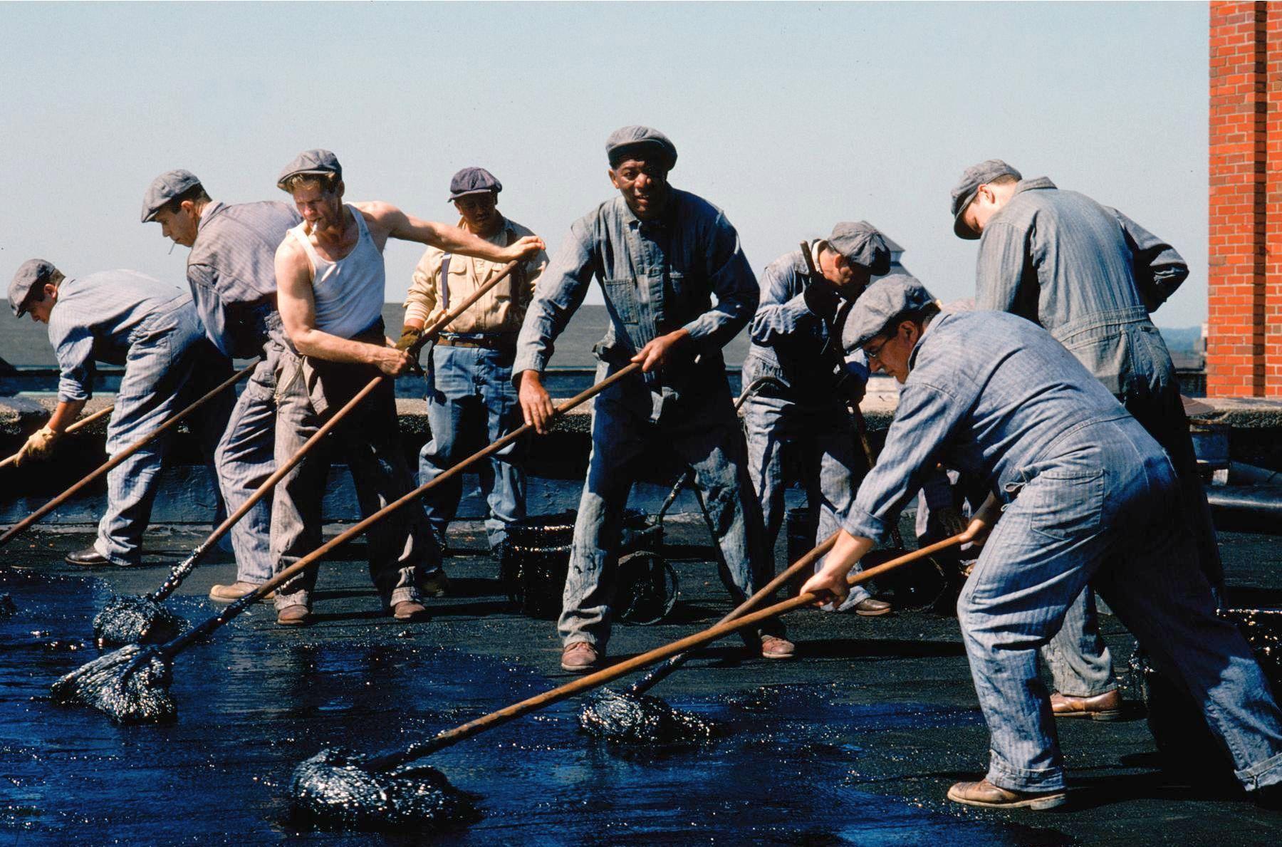 Morgan Freeman, William Sadler, Larry Brandenburg, Neil Giuntoli, Brian Libby, and James Whitmore in The Shawshank Redemption (1994)