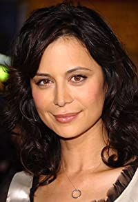 Primary photo for Catherine Bell