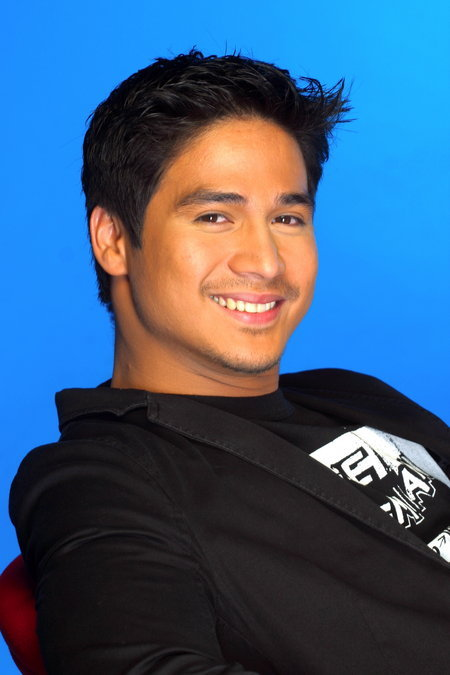 piolo-pascual-naked-photo-young-naked-blonde-girls-gif