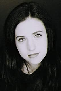 Emily Perkins Picture