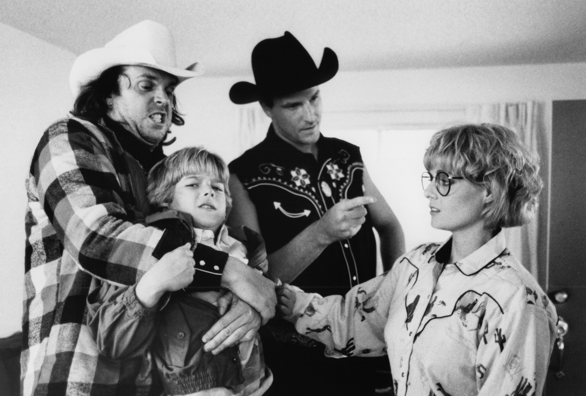 Nick Cassavetes, Lisa Blount, Brandon Call, and Rick Overton in Blind Fury (1989)