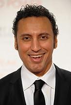 Aasif Mandvi's primary photo