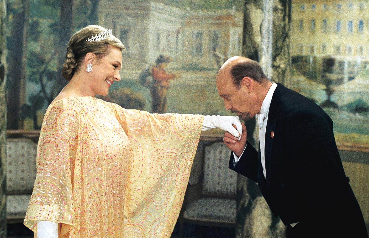 Image result for julie andrews princess diaries 2