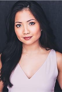 Kristin Villanueva Picture