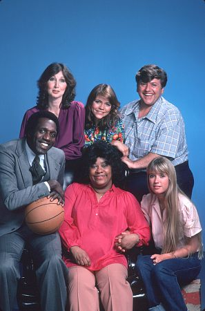 """Hello Larry"" Kim Richards, Joanna Gleason, Meadowlark Lemon, with the rest of the Cast. c. 1979 NBC"