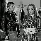 Anna Fonsou and Alekos Tzanetakos in O apithanos (1970)