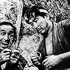 Minoru Chiaki and Kamatari Fujiwara in Kakushi-toride no san-akunin (1958)