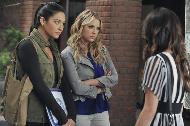 pretty little liars season 2 episode 17 download