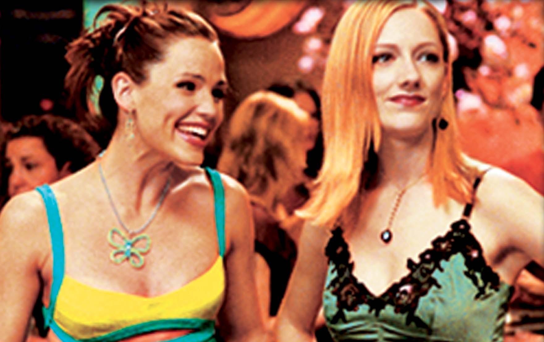 Jennifer Garner and Judy Greer in 13 Going on 30 (2004)
