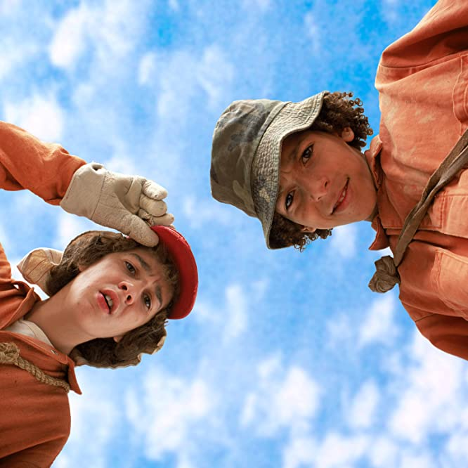 Shia LaBeouf and Khleo Thomas in Holes (2003)
