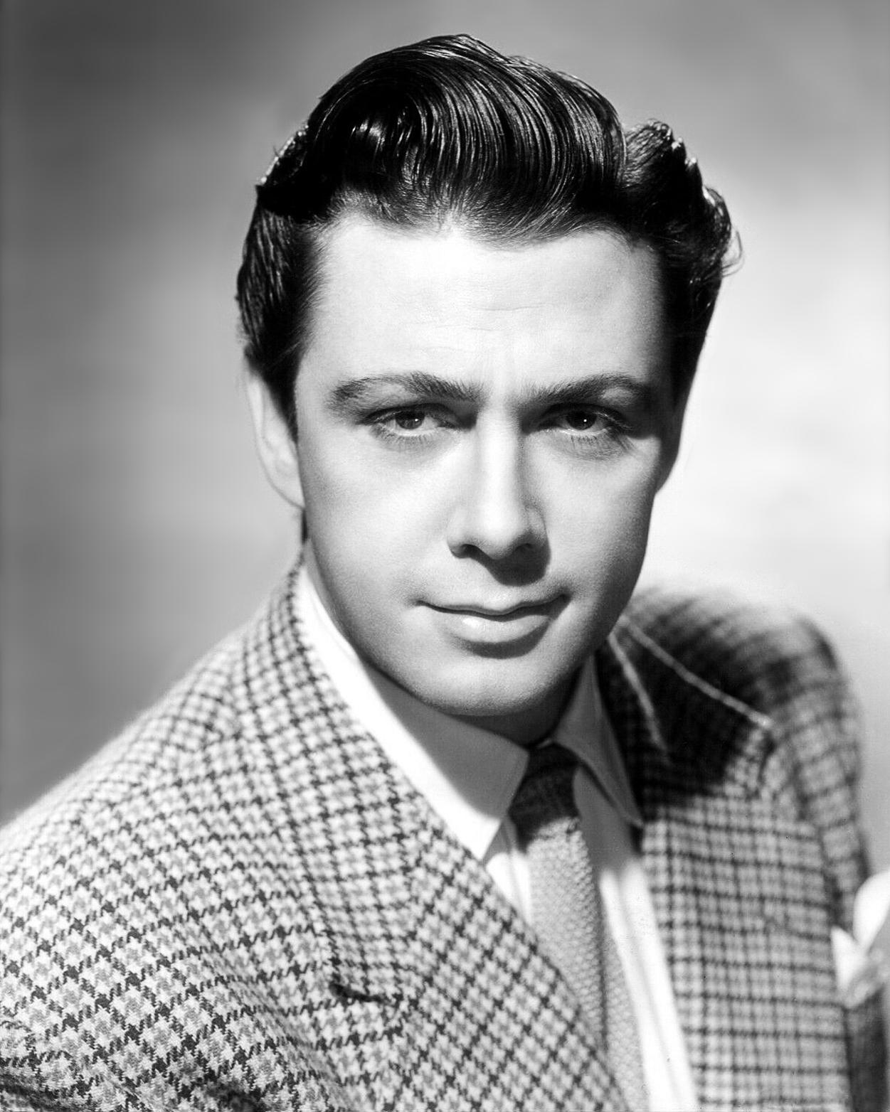 Maxwell Reed in Madness of the Heart (1949)