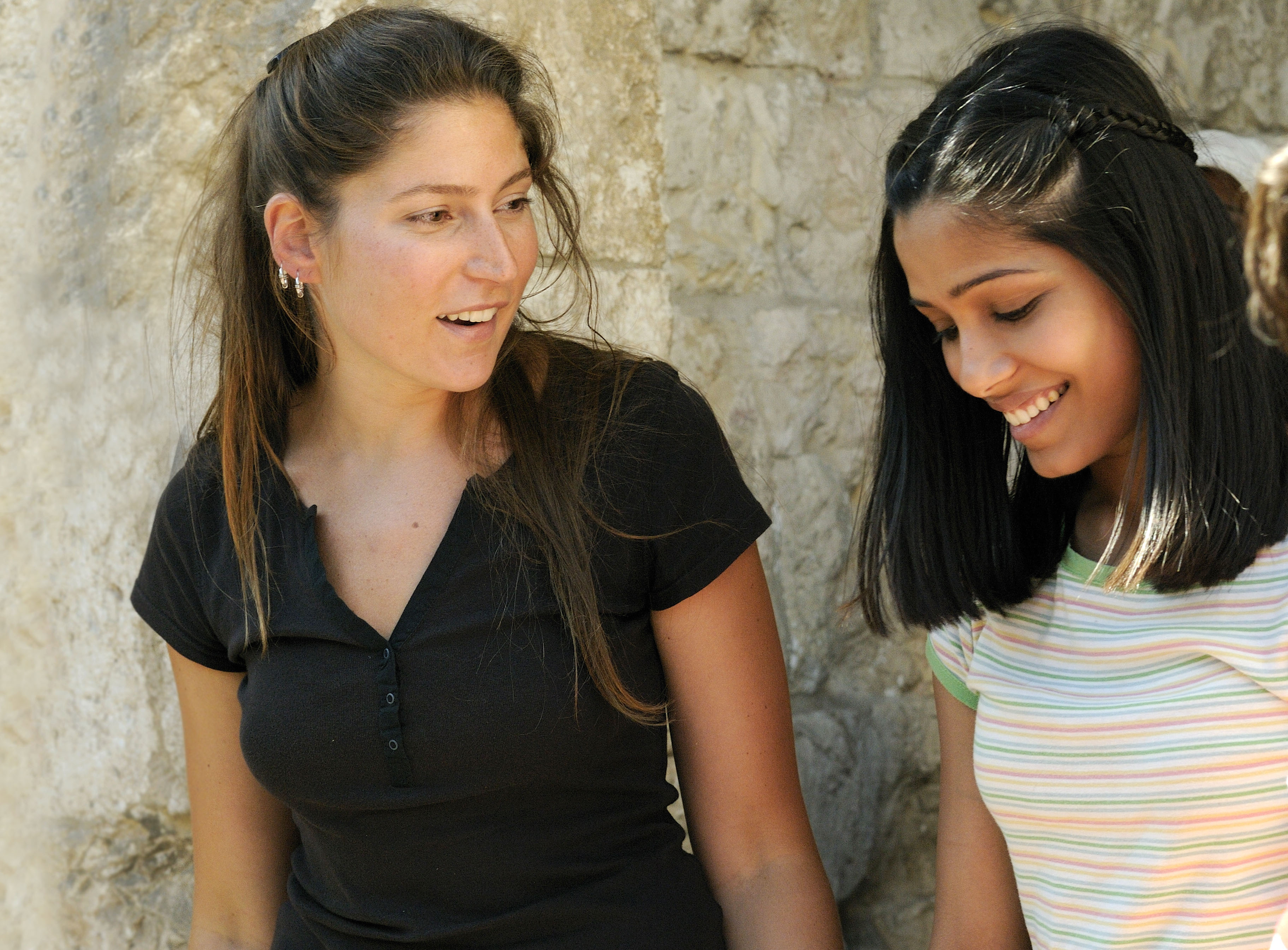 Stella Schnabel and Freida Pinto in Miral (2010)