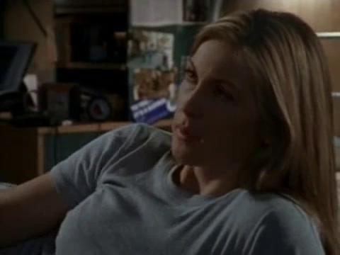 Kelly Rutherford in The Outer Limits (1995)