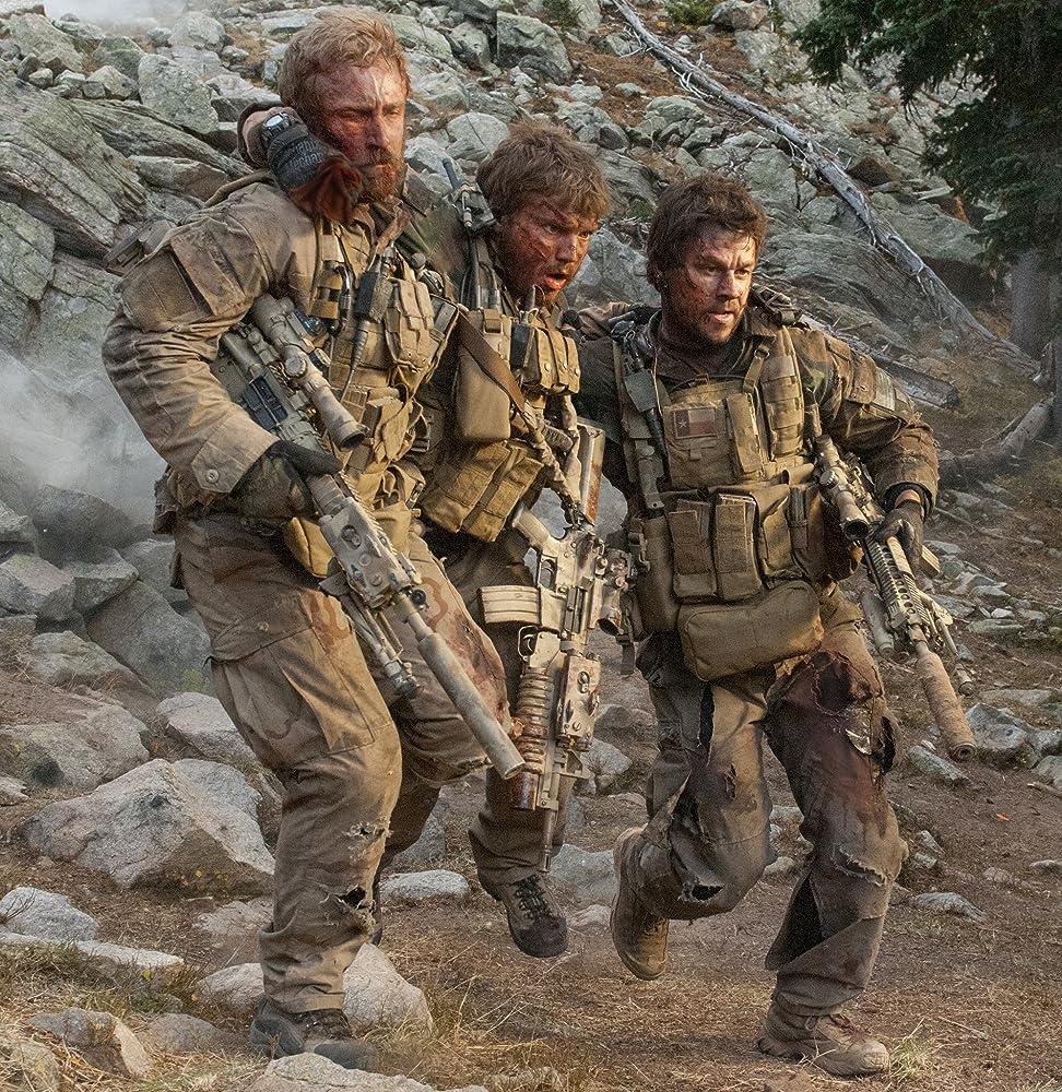Mark Wahlberg, Ben Foster, and Emile Hirsch in Lone Survivor (2013)