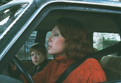 Toni Collette and Haley Joel Osment in The Sixth Sense (1999)