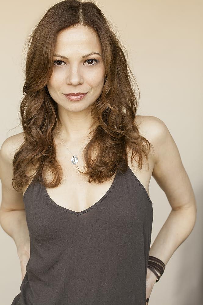 Tamara Braun as carly