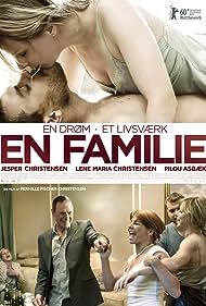 Pilou Asbæk in En familie (2010)