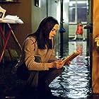 Jennifer Connelly and Perla Haney-Jardine in Dark Water (2005)