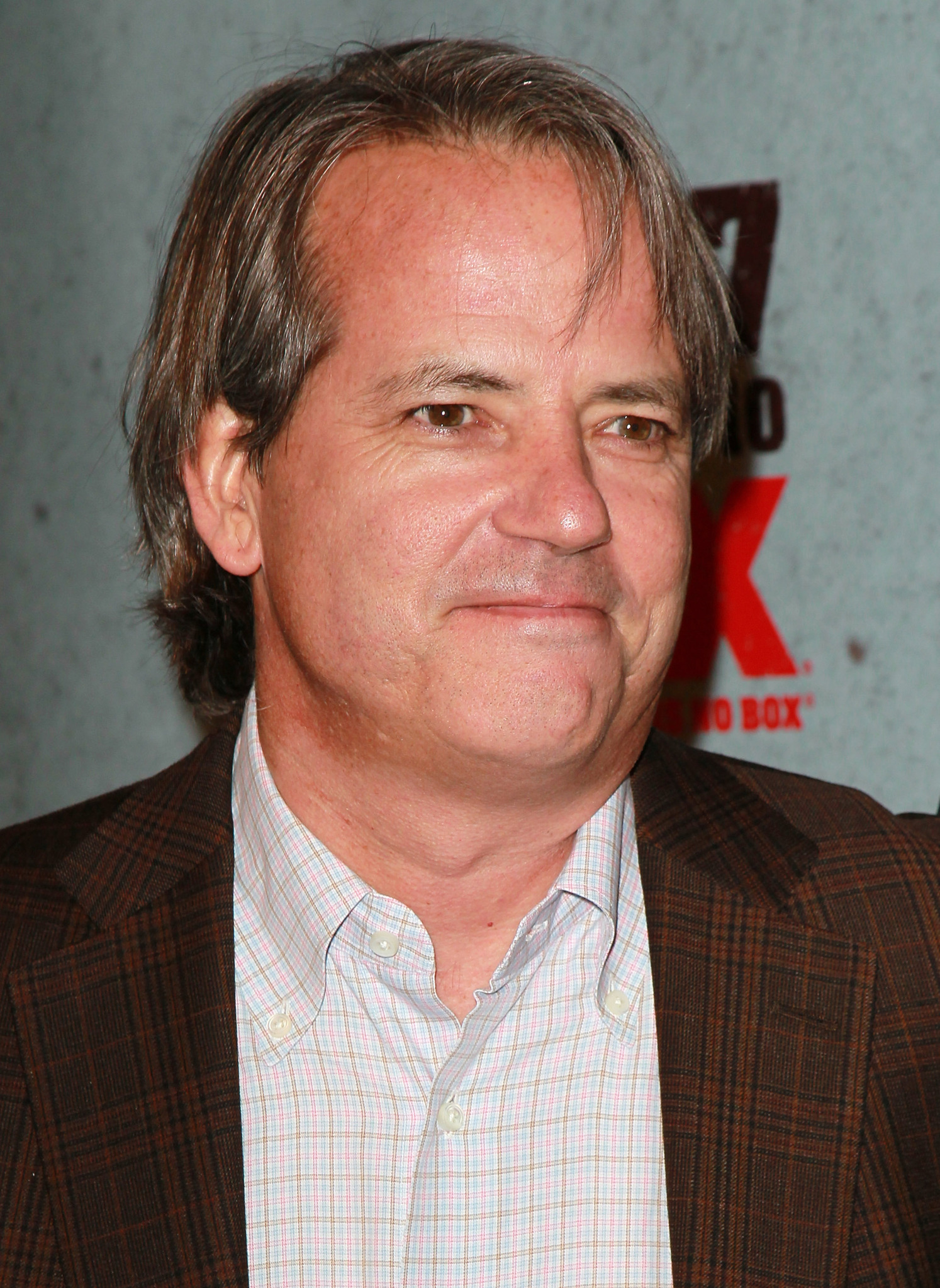 Graham Yost at an event for Justified (2010)