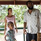 Chiwetel Ejiofor and Thandiwe Newton in Half of a Yellow Sun (2013)