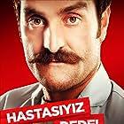 Timur Acar in Çakallarla Dans 2: Hastasiyiz Dede (2012)