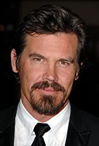 Primary photo for Josh Brolin
