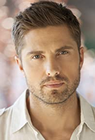 Primary photo for Eric Winter
