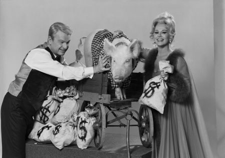Green Acres Eva Gabor Arnold the Pig Eddie Albert circa 1965