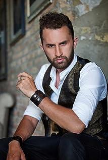 Victor Canache Picture