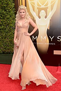 Witney Carson Picture