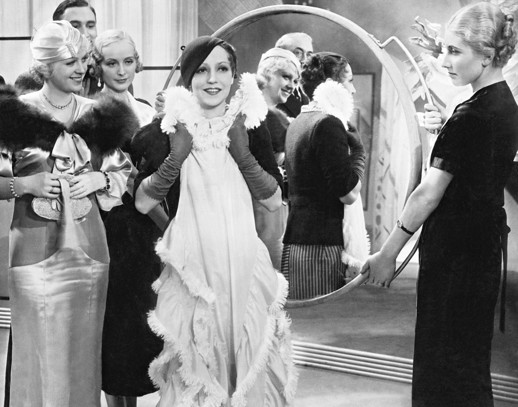 Gretl Theimer and Käthe von Nagy in Einmal eine große Dame sein (1934)