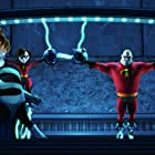 Holly Hunter, Jason Lee, Craig T. Nelson, Sarah Vowell, and Spencer Fox in The Incredibles (2004)