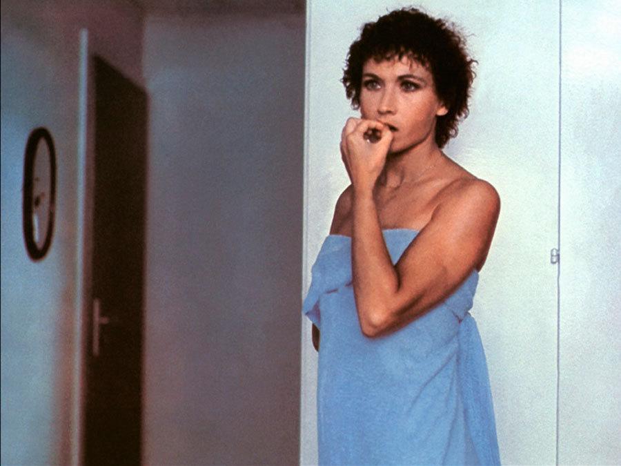 Marlène Jobert in Pas si méchant que ça (1975)