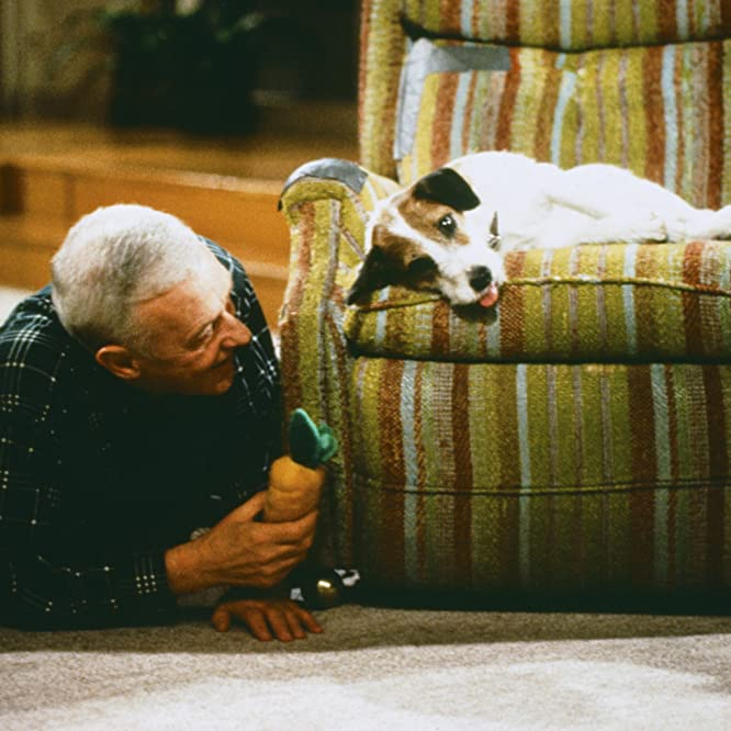 John Mahoney and Moose in Frasier (1993)