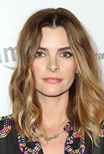 Kelly Oxford Picture