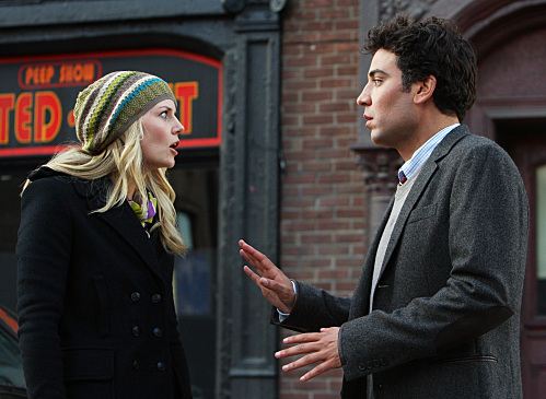 Jennifer Morrison and Josh Radnor in How I Met Your Mother (2005)