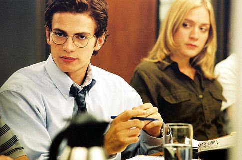 Chloë Sevigny and Hayden Christensen in Shattered Glass (2003)