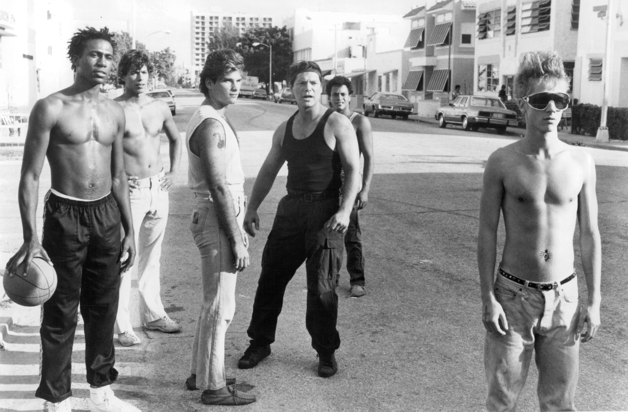 Stephen Lang, Michael Carmine, Leon, John Cameron Mitchell, Danny Quinn, and Al Shannon in Band of the Hand (1986)