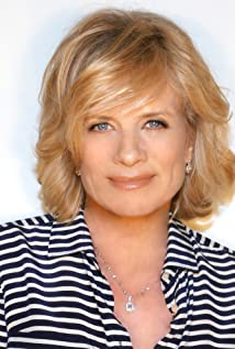 Mary Beth Evans Picture