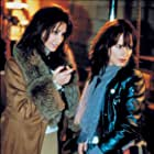 Gina Gershon and Juliette Lewis in Picture Claire (2001)