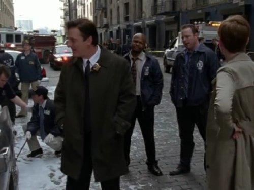 La ley y el orden: Intento Criminal 7×12 – Contrato