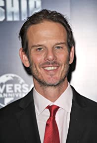 Primary photo for Peter Berg