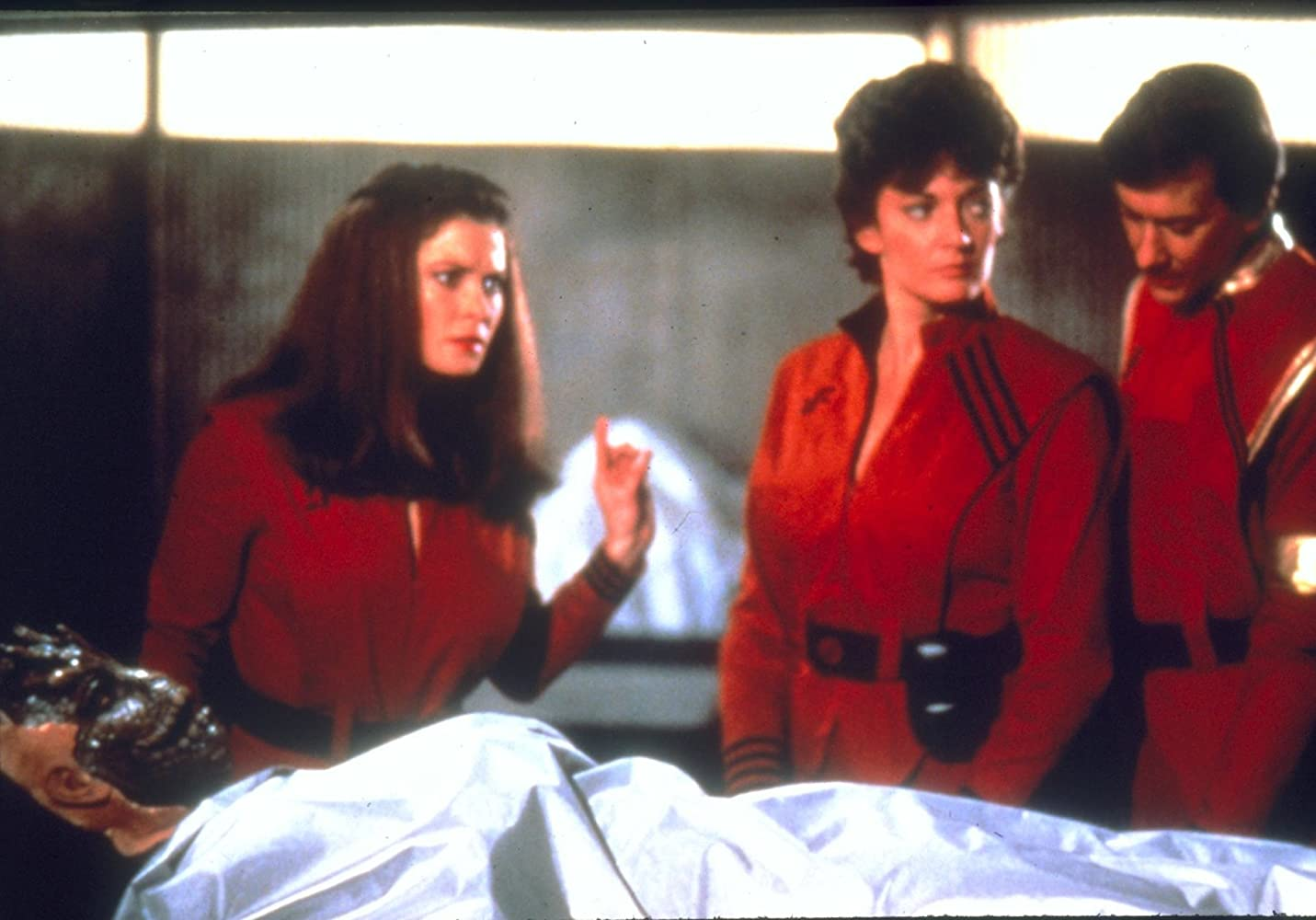 Jane Badler, Sarah Douglas, and Andrew Prine in V: The Final Battle (1984)