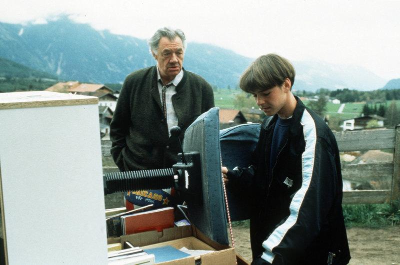 Manuel Guggenberger and Gerhard Riedmann in Der Bergdoktor (1992)