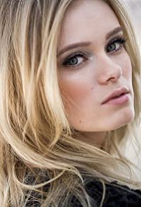 Primary photo for Sara Paxton