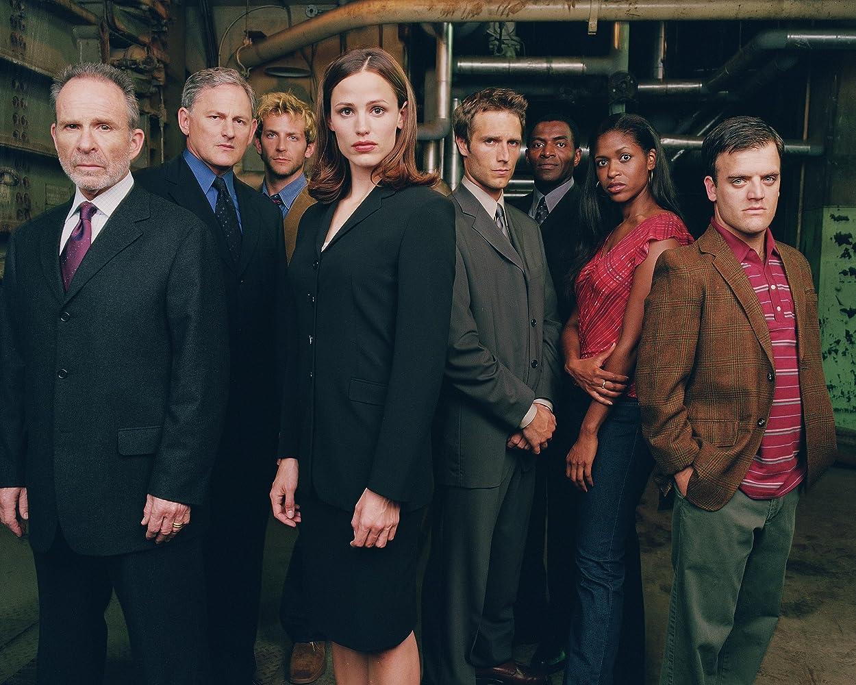 Victor Garber, Jennifer Garner, Bradley Cooper, Merrin Dungey, Carl Lumbly, Ron Rifkin, Michael Vartan, and Kevin Weisman in Alias (2001)
