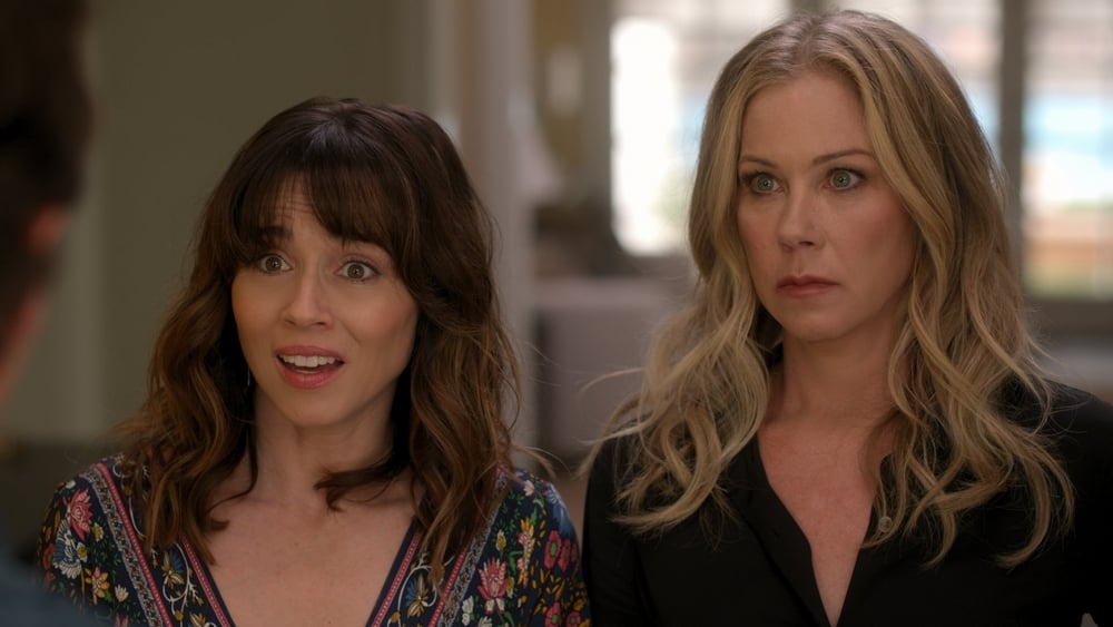 Christina Applegate and Linda Cardellini in Where Have You Been (2020)